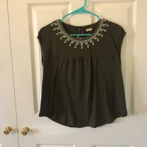 army green and white design top